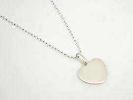 Collier cœur en argent avec chaîne boule