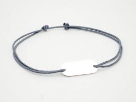 Bracelet plaque identité en argent sur cordon à graver