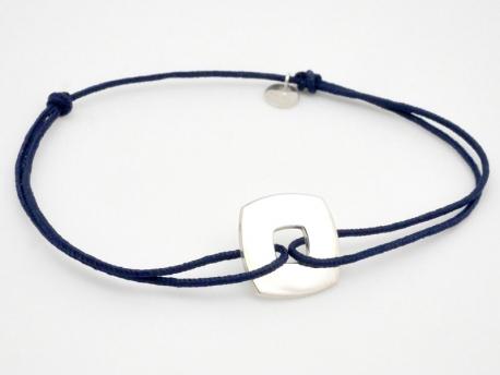 dernière sélection Braderie belles chaussures Bracelet petite cible carrée en argent sur cordon