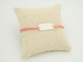 Bracelet cible ronde en argent sur cordon